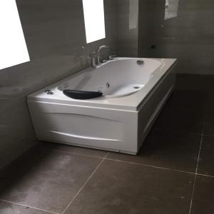 Bồn tắm massage LOWEN LW-8015